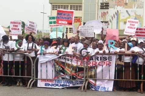 2 Femi Kuti, Jide Kosoko, Odumakin join women protesters in Lagos