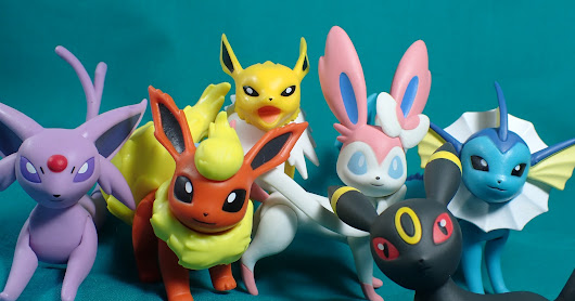 Pokemon Action Pose Review - Eeveelutions