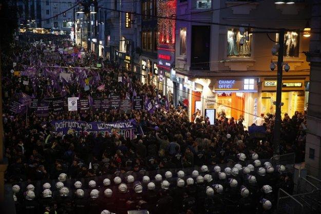 Ερντογάν: Ασέβεια για το Ισλάμ η συγκέντρωση για την Παγκόσμια Ημέρα Γυναίκας