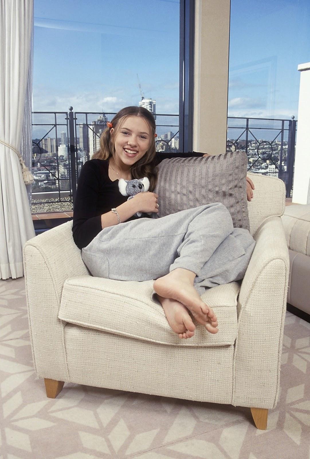 Feetxpress a dutch foot blog scarlett johansson - Scarlett johansson blogspot ...