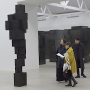 ANTONY GORMLEY AT GALERIE THADDAEUS ROPAC PARIS