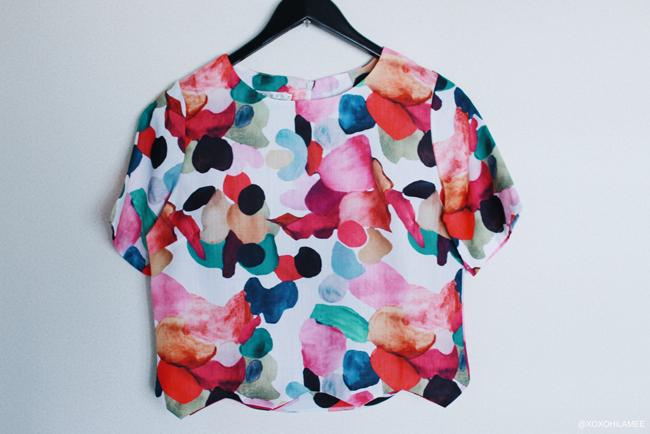 SHEIN 花柄カラフルTシャツ ブラウス ギザギザ裾