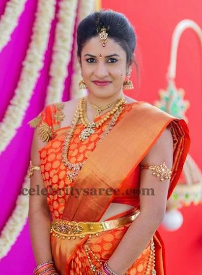 8ffd2e2dba199 Bride in Lotus Zardosi Blouse - Saree Blouse Patterns