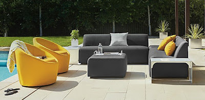 Striking-modern-outdoor-for-patio-seating