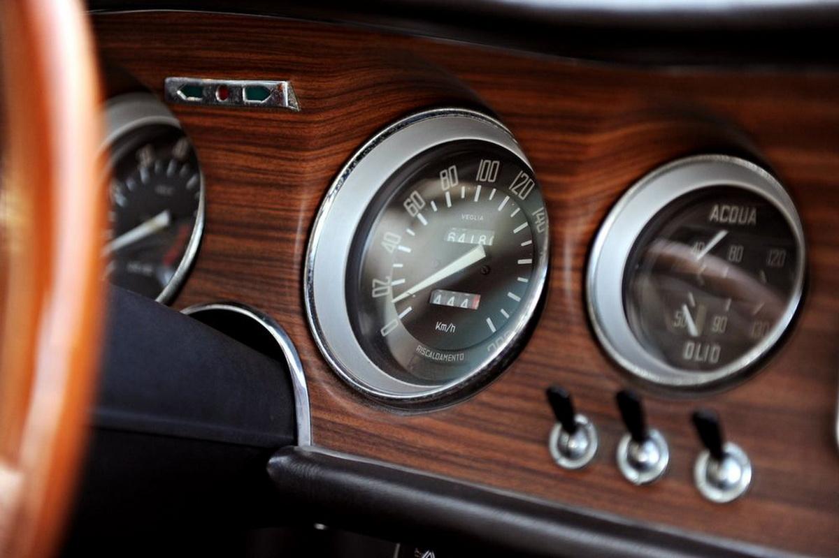 AlfaRomeo-GTA1300JuniorStradale-04.jpg