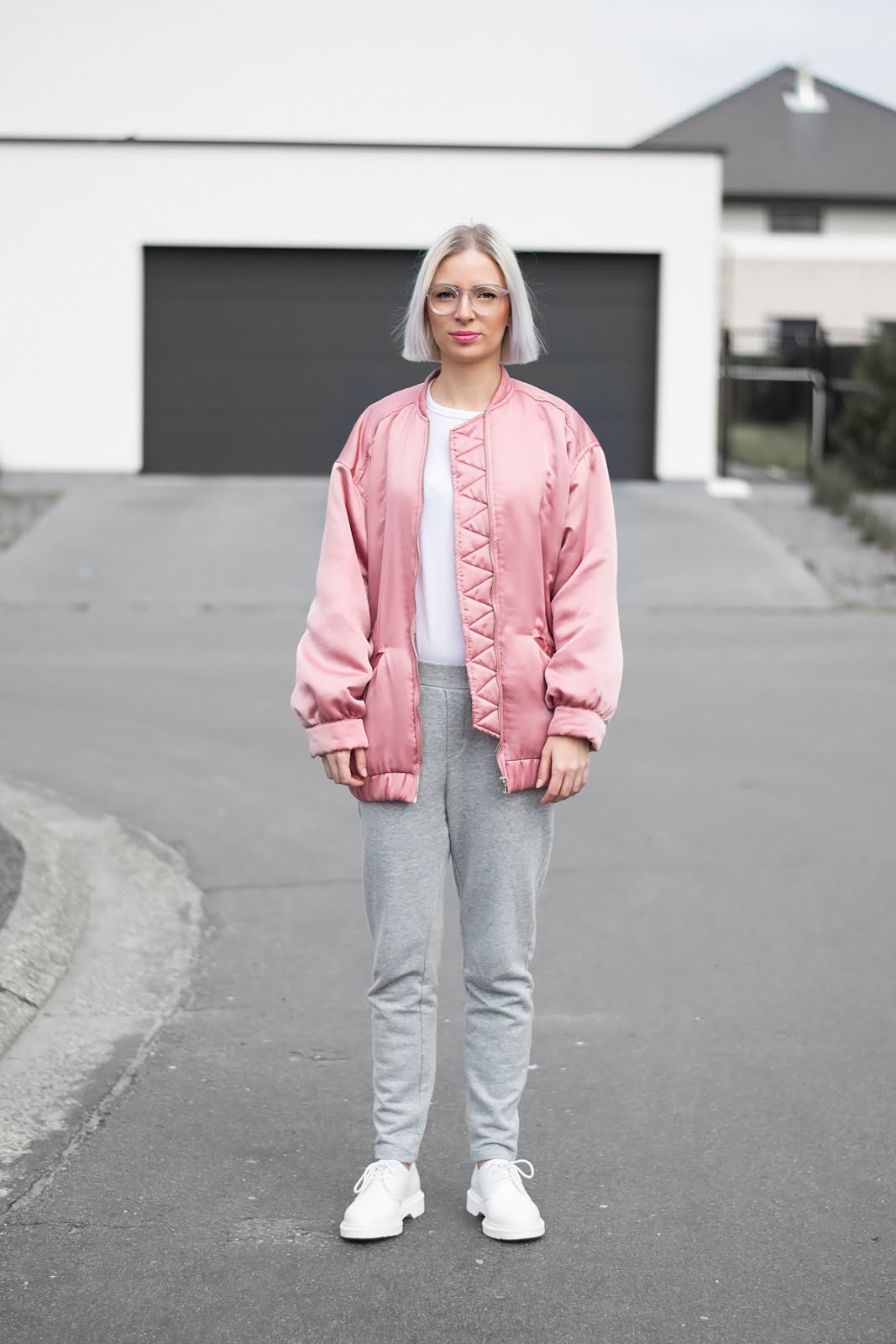 Mango pink oversized bomber jacket, Asos white longsleeve, Mango grey sweat pants, joggers, polette transparent glasses, monochrome, white dr martens