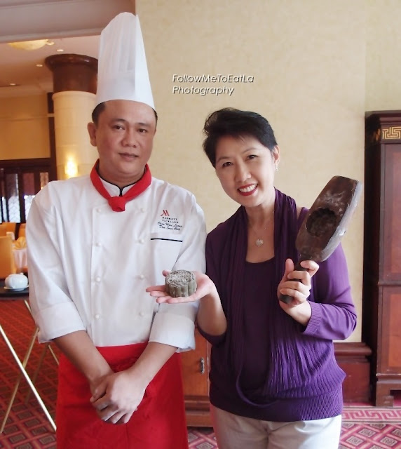 Mooncake Tutorial With Chef Chan