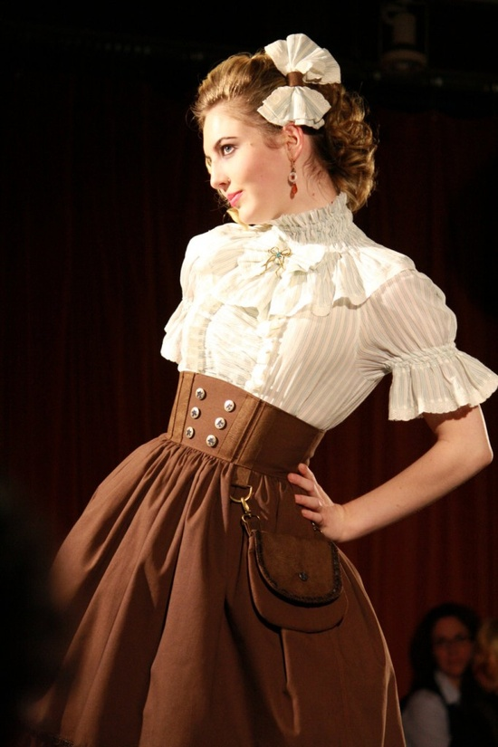 Steampunk Fashion: DevilInspired Steampunk Dresses: Tips For Women On