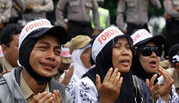 MANTAP!! Pemerintah Mampu Gaji 400 Ribu CPNS dari Honorer K2