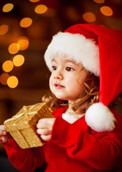 Cute Christmas Girl Image