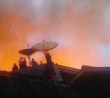 Di Tamansari, 2.400 Orang Kehilangan Tempat Tinggal Akibat Kebakaran
