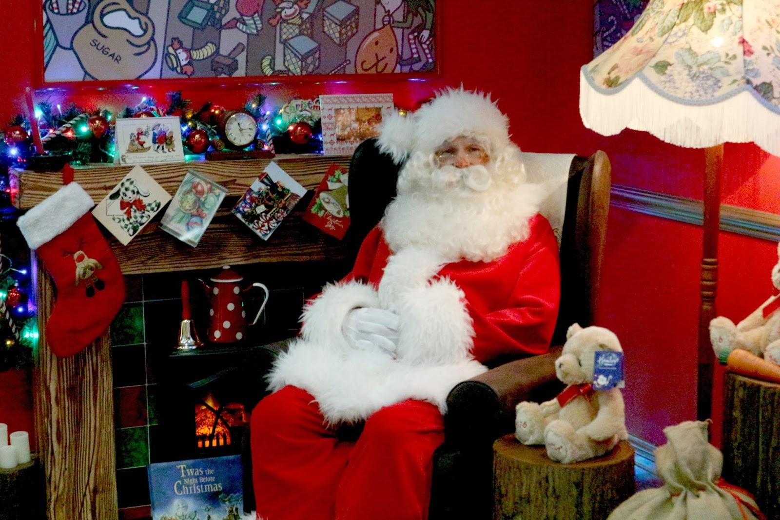 Hamleys Santa