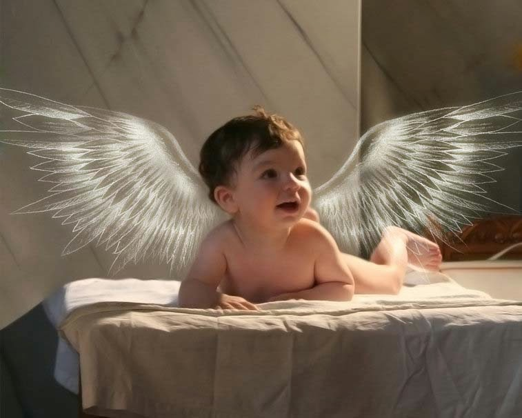 küçük-baby-angel-pic