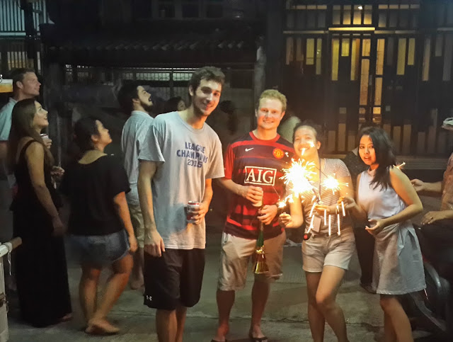 happy-new-year, hostel, the-packer-lodge, jakarta, kota