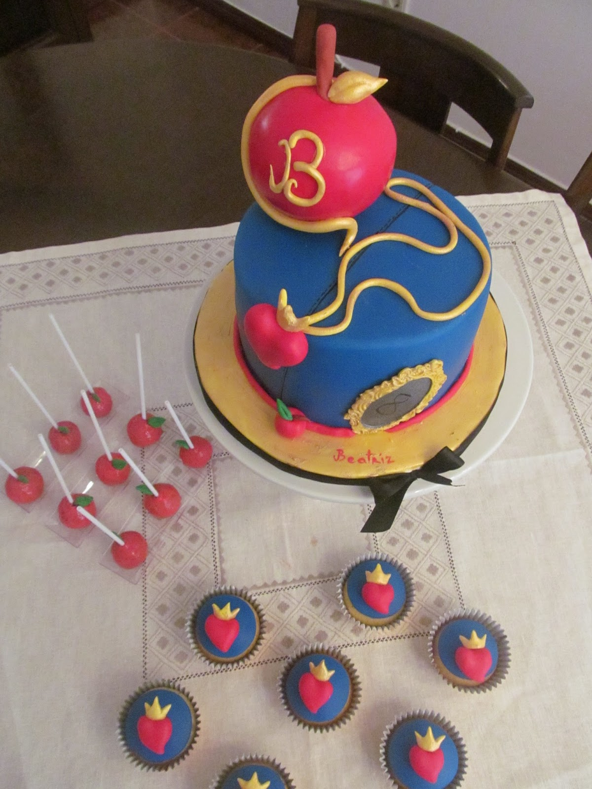 Bolo Da Evie Descendentes Lara Correia Cake Girl