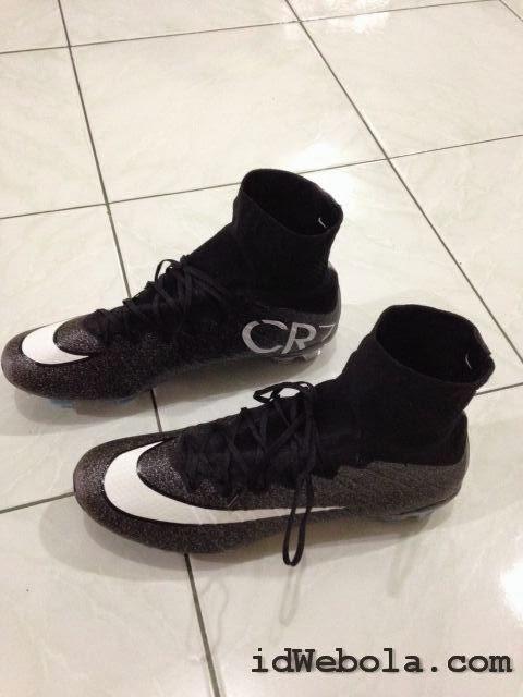 Sepatu Bola Nike CR7 Both Hitam