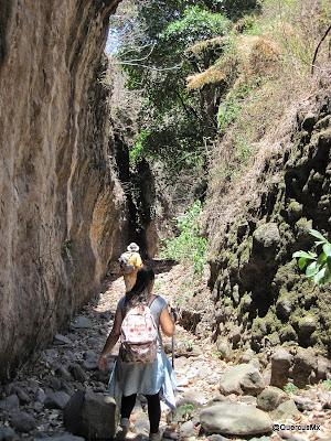 Paso La Angostura, Barranca del Tecuán