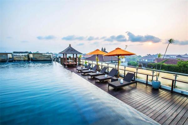 10 Hotel Murah di Pusat Keramaian Kuta, Bali, di Bawah Rp 700 Ribu!