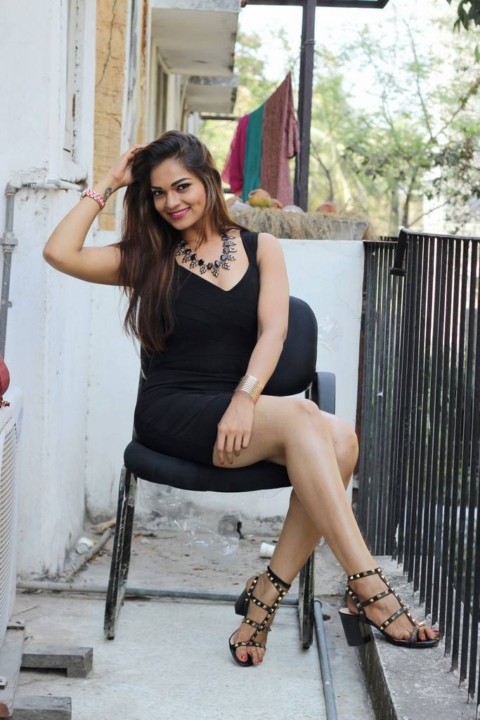 Glamorous Indian Girl Legs Thighs Show In Black Mini Dress -3238