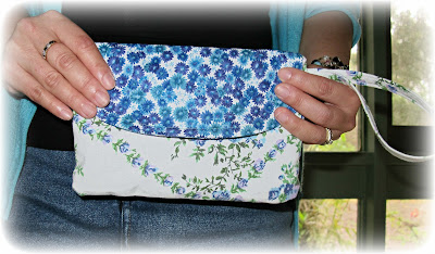 image wristlet purse blue flowers vintage bedlinen fabric