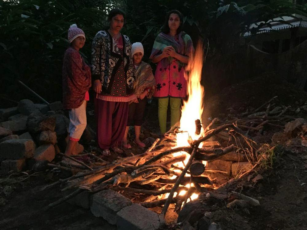 homestay in munnar with campfire, ganga holiday home best deal, best family cottage in munnar