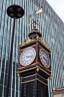 londoni épület, amely 1702-ből származik kundli lite matchmaking online