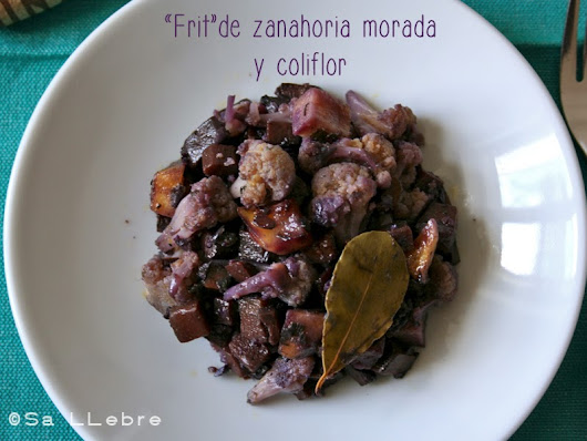 """Frit"" de zanahoria morada y coliflor - Purple carrot and cauliflower stew."