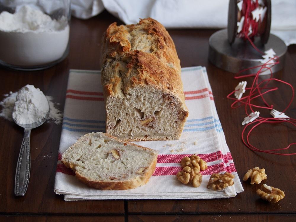 Pane con patate dolci e noci