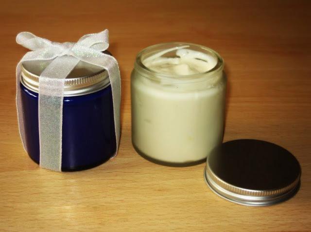 DIY: Cách làm kem dưỡng thể tái tạo da ban đêm