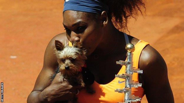 Serena Williams eats dog food but reaches Italian Open quarters