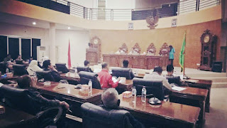 <b>Tiga Raperda Usulan Eksekutif, Disetujui Tujuh Fraksi DPRD Kota Bima</b>