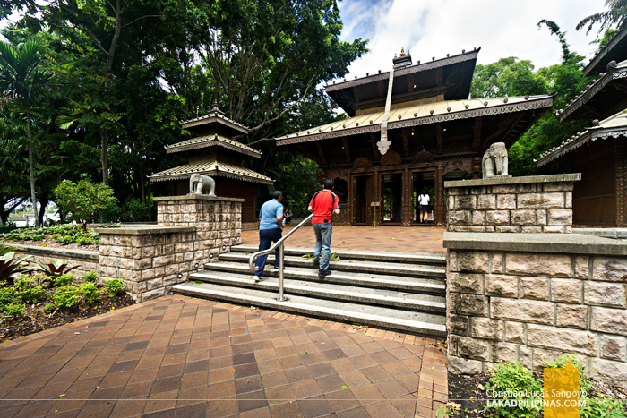 Brisbane Day Tour Nepalese Peace Pagoda