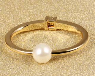 Elegant One Simulated Pearl Bangles Women