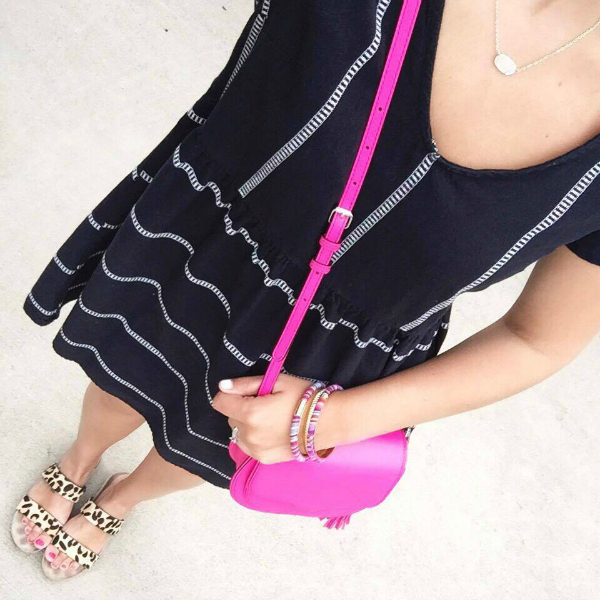 little black dress, pink bag