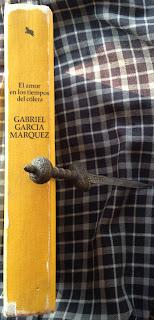 Portada del libro El amor en los tiempos del cólera, de Gabriel García Márquez