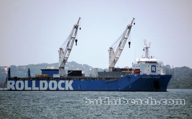 Tàu ngầm Kilo 185 Khánh Hòa đã được đưa về Quân Cảng Cam Ranh