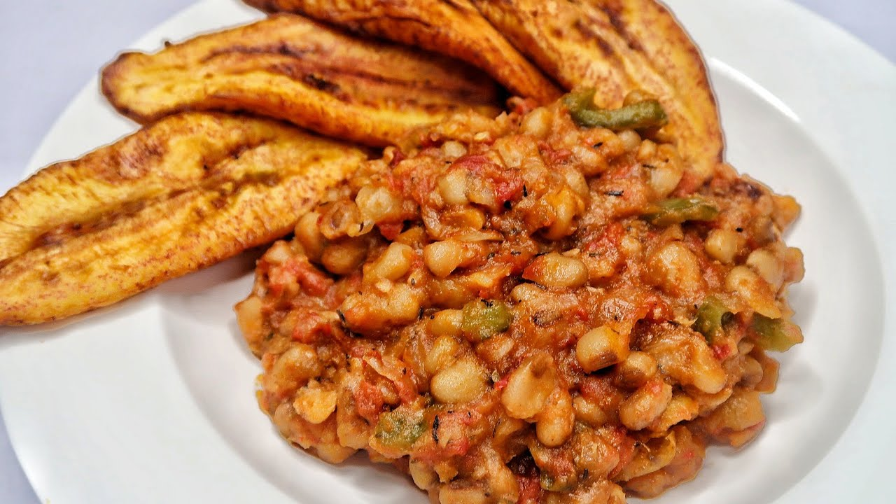 Sisiyemmie beans with palm oil
