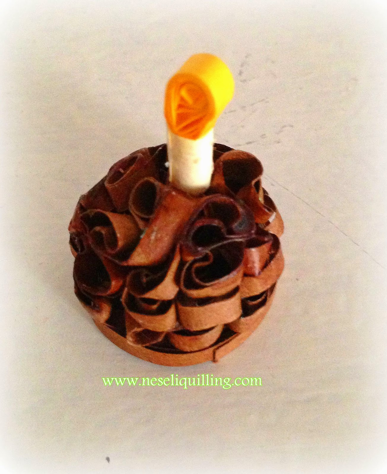 quilling birthday cake