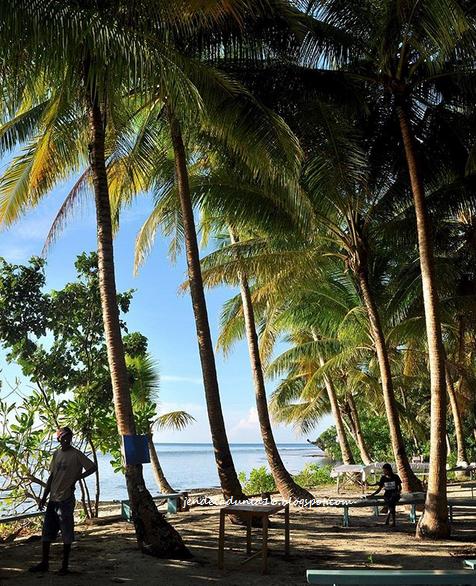 Pantai Lawena, Wisata Pantai Yang Kaya Pesona Alam Pantainya Dan Eksotis Akan Potensi Alamnya - Wisata Bahari