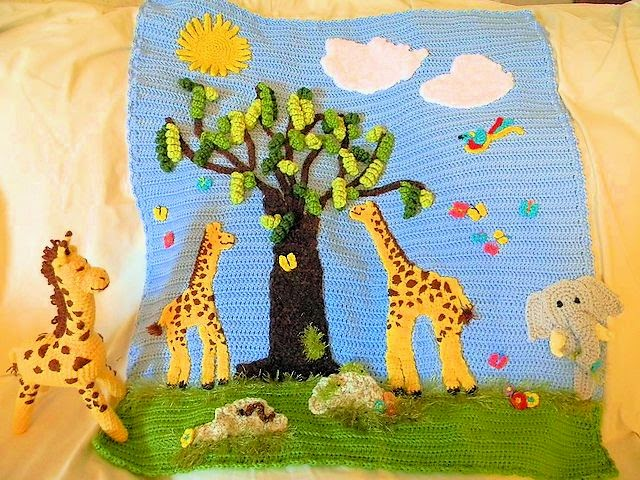 Crocheted Jungle Afghan Scene w/Giraffe toy