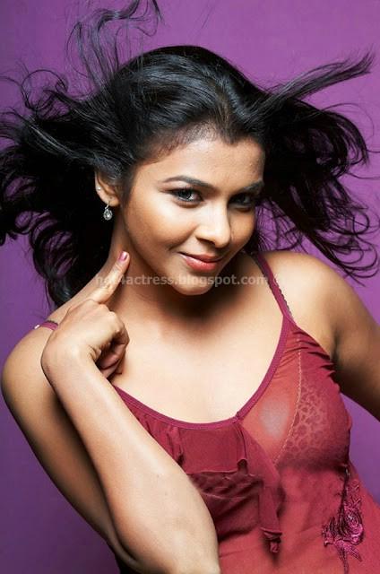 Saranya Hot Photoshoot in red nighty