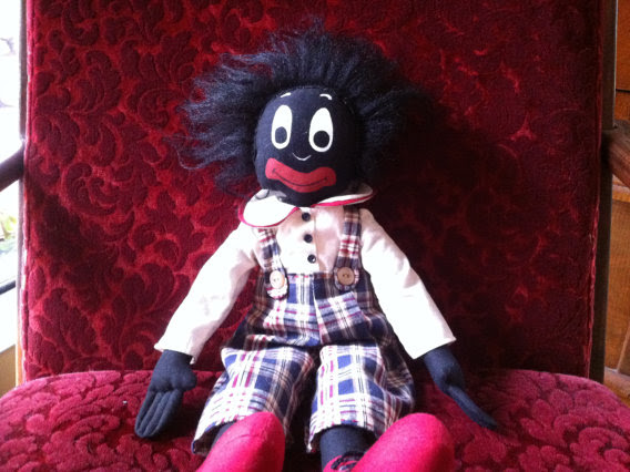 Etsy Profits from Golliwogs and Other Racist Nostalgia