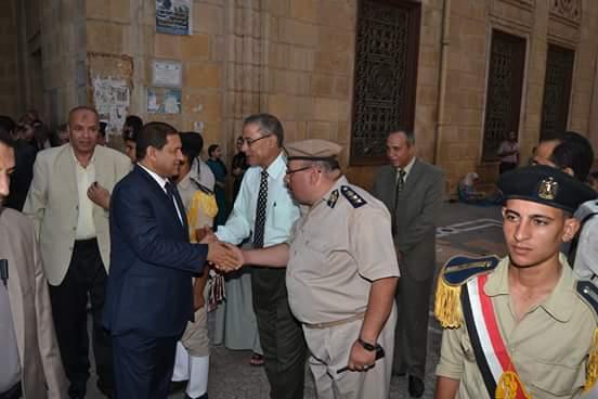 محافظ الغربية ومدير أمن الغربية يؤدون صلاة العيد بمسجد السيد البدوى بمدينة طنطا الغربية