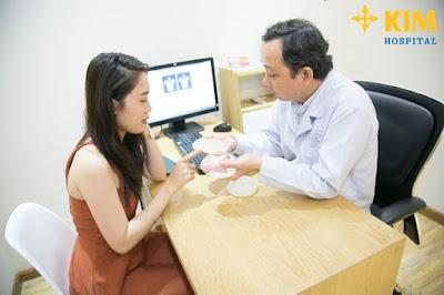 Phẫu thuật nâng ngực Y line được bao lâu sẽ được các bác sĩ tư vấn cụ thể khi bạn đến thăm khám.