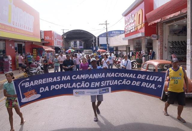 Caminhada e Show de Talentos marcam a luta contra a moradia na rua em Barreiras