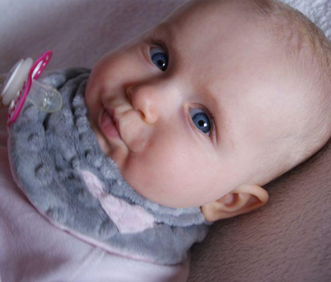 W superbly MartynaWymyśla: Chustka dla niemowlaka na szyję QT19