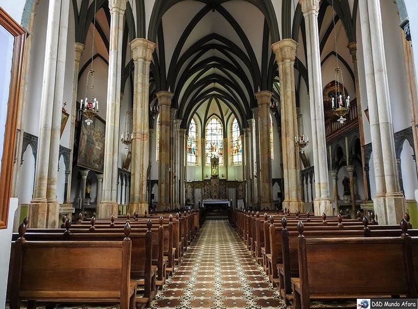 Interior do Santuário do Caraça em Catas Altas: foi usado como convento da minissérie Se Eu Fechar os Olhos Agora