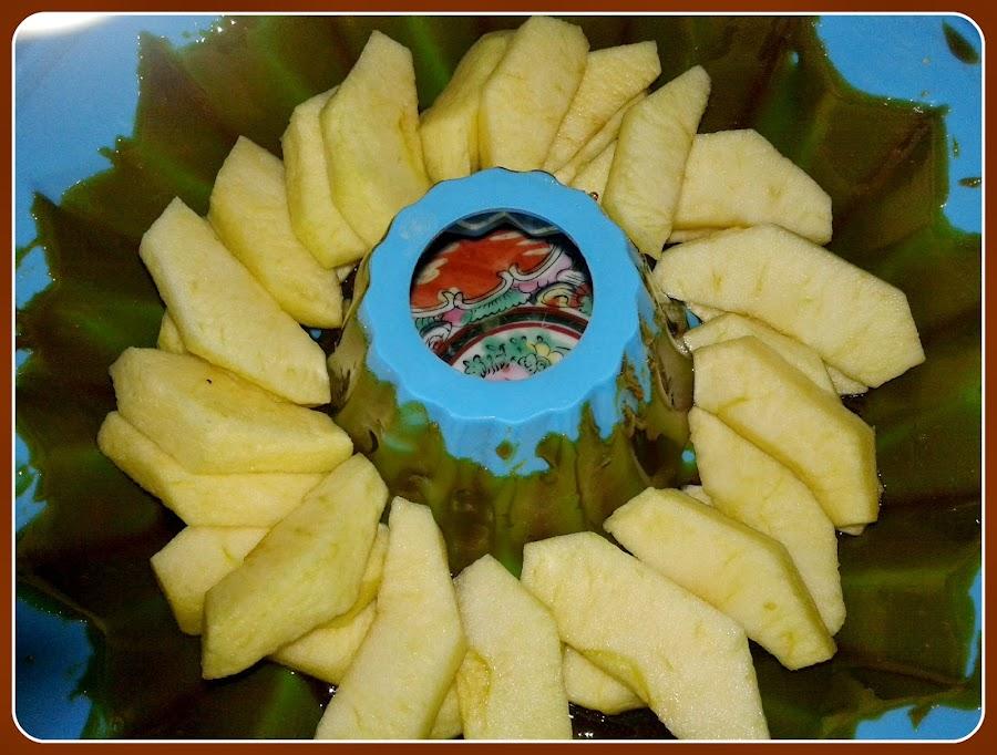 preparación de tarta de manzana en microondas