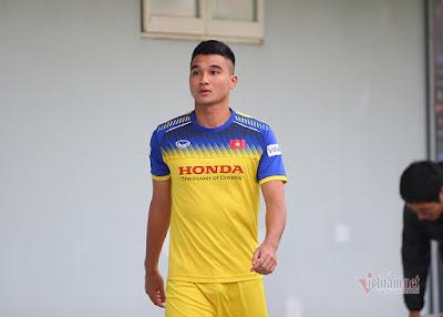 Trung vệ Văn Đại nhiều khả năng sẽ lỗi hẹn với trận đấu tới của ĐT Việt Nam.