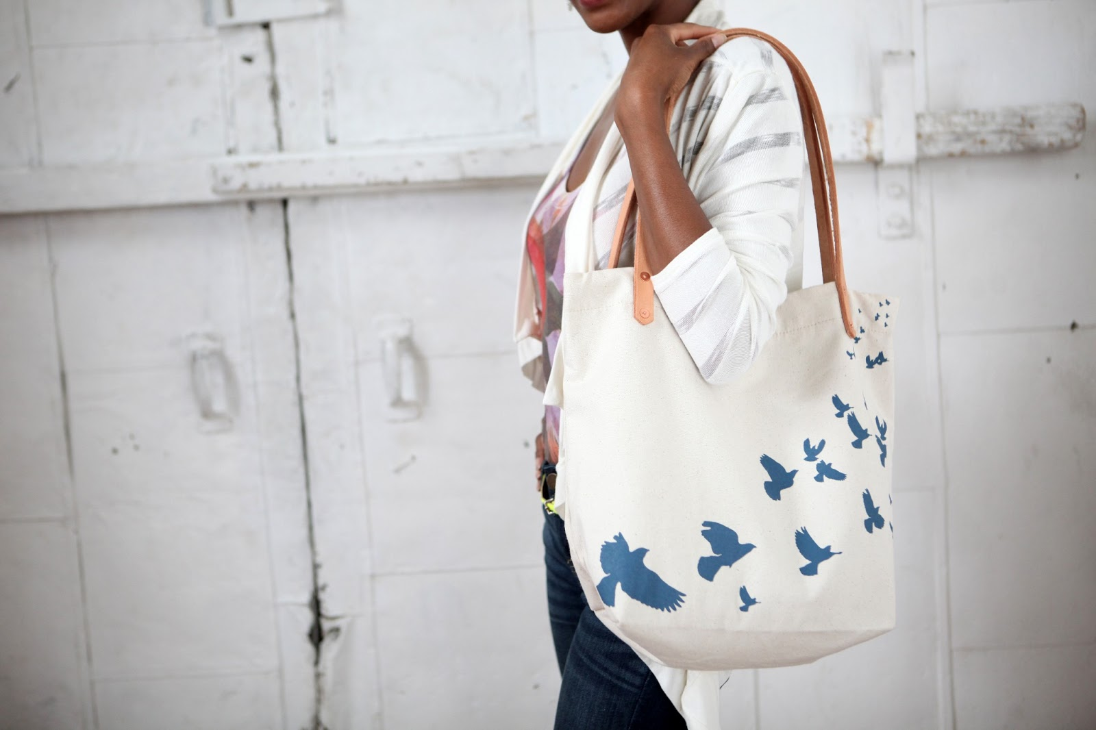 {Giveaway} Stop Traffick Fashion Tote Bag // www.thoughtsbynatalie.com